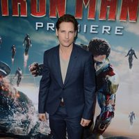 Peter Facinelli en el estreno mundial de 'Iron Man 3' en Los Ángeles