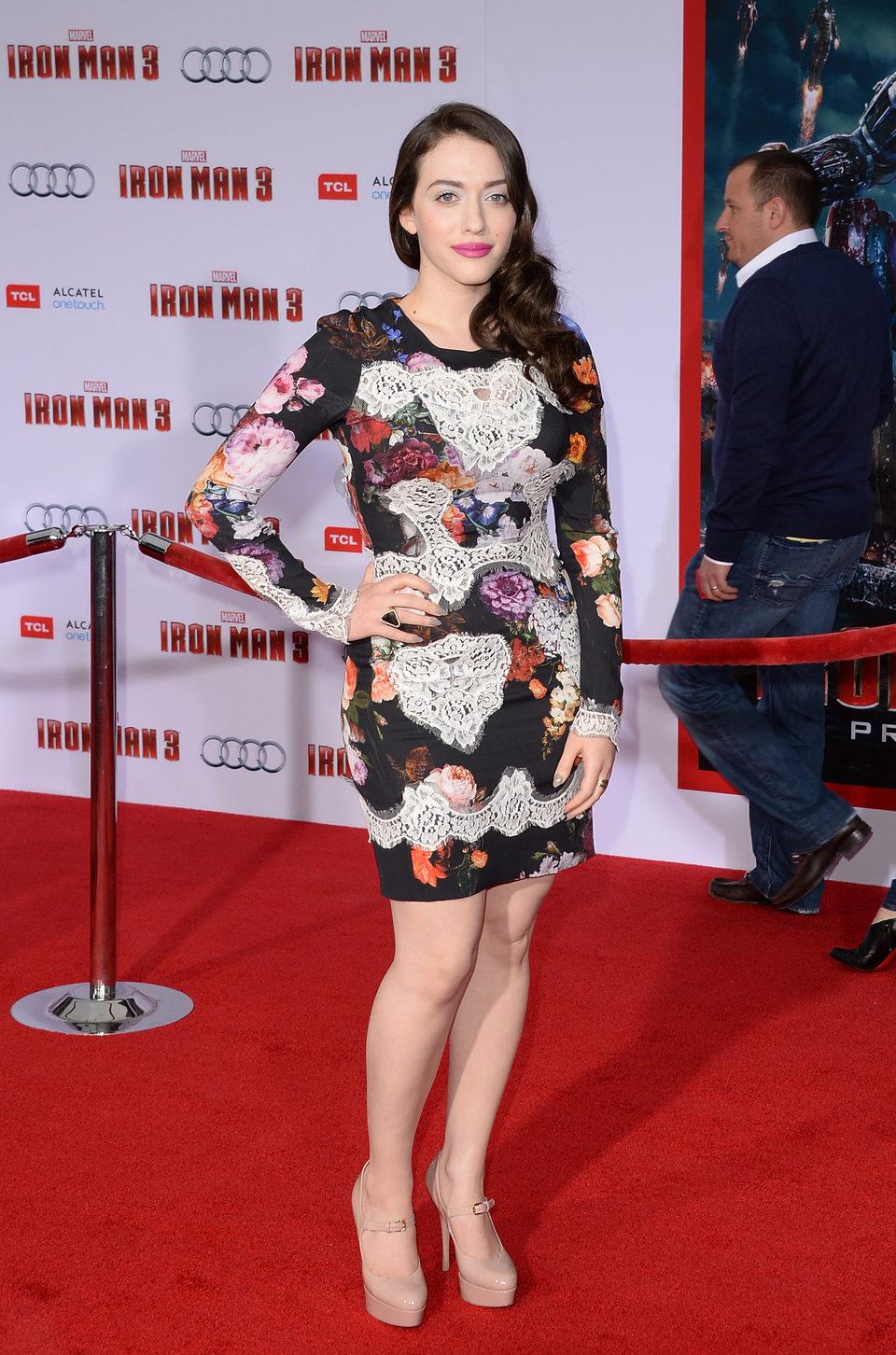 Kat Dennings en el estreno mundial de 'Iron Man 3' en Los Ángeles