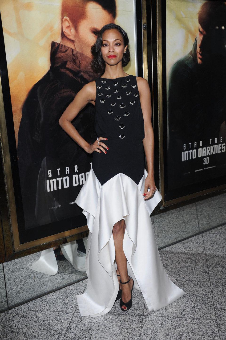 Zoe Saldana en el estreno en Londres de 'Star Trek: En la oscuridad'