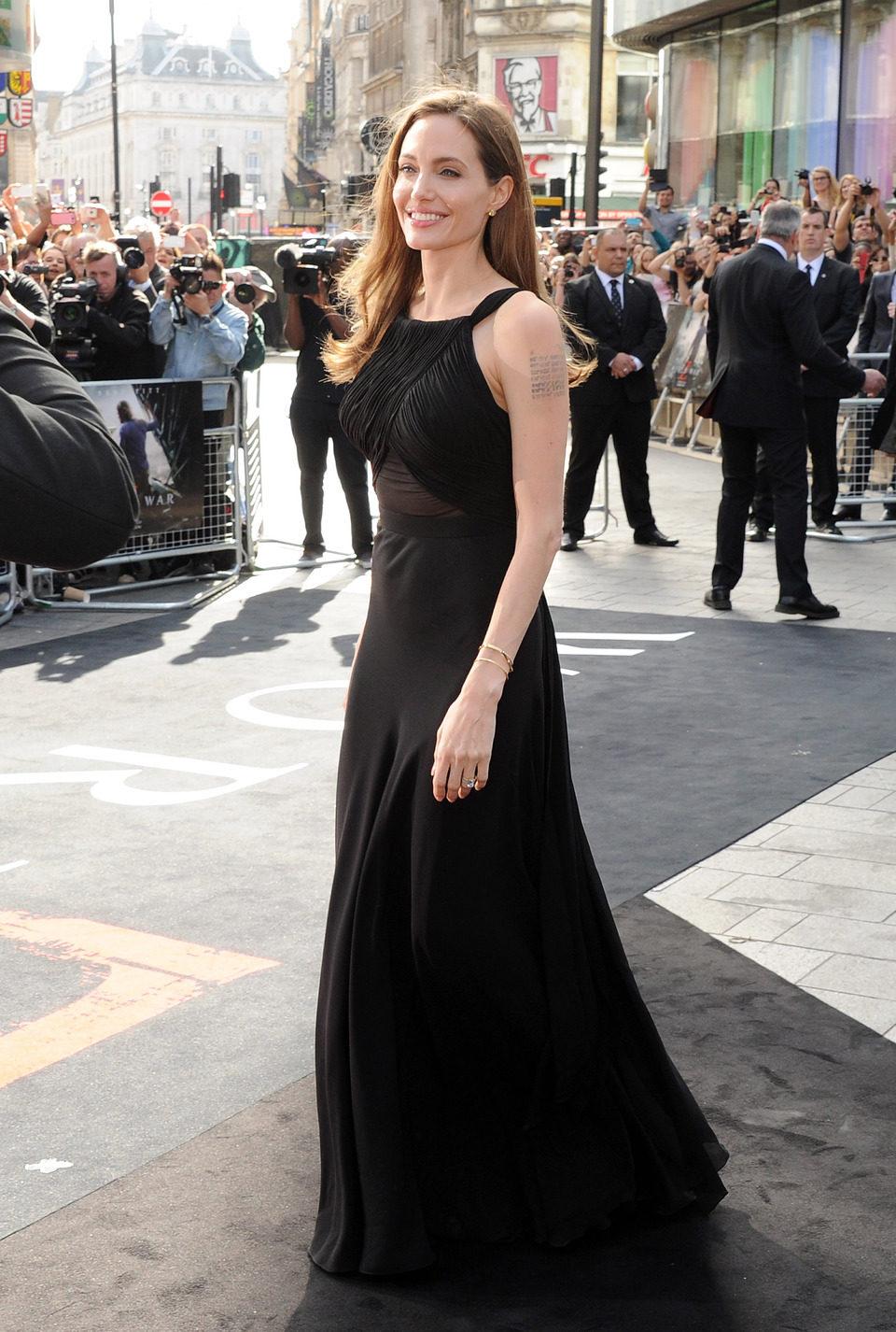 Angelina Jolie en el estreno de 'Guerra Mundial Z' en Londres