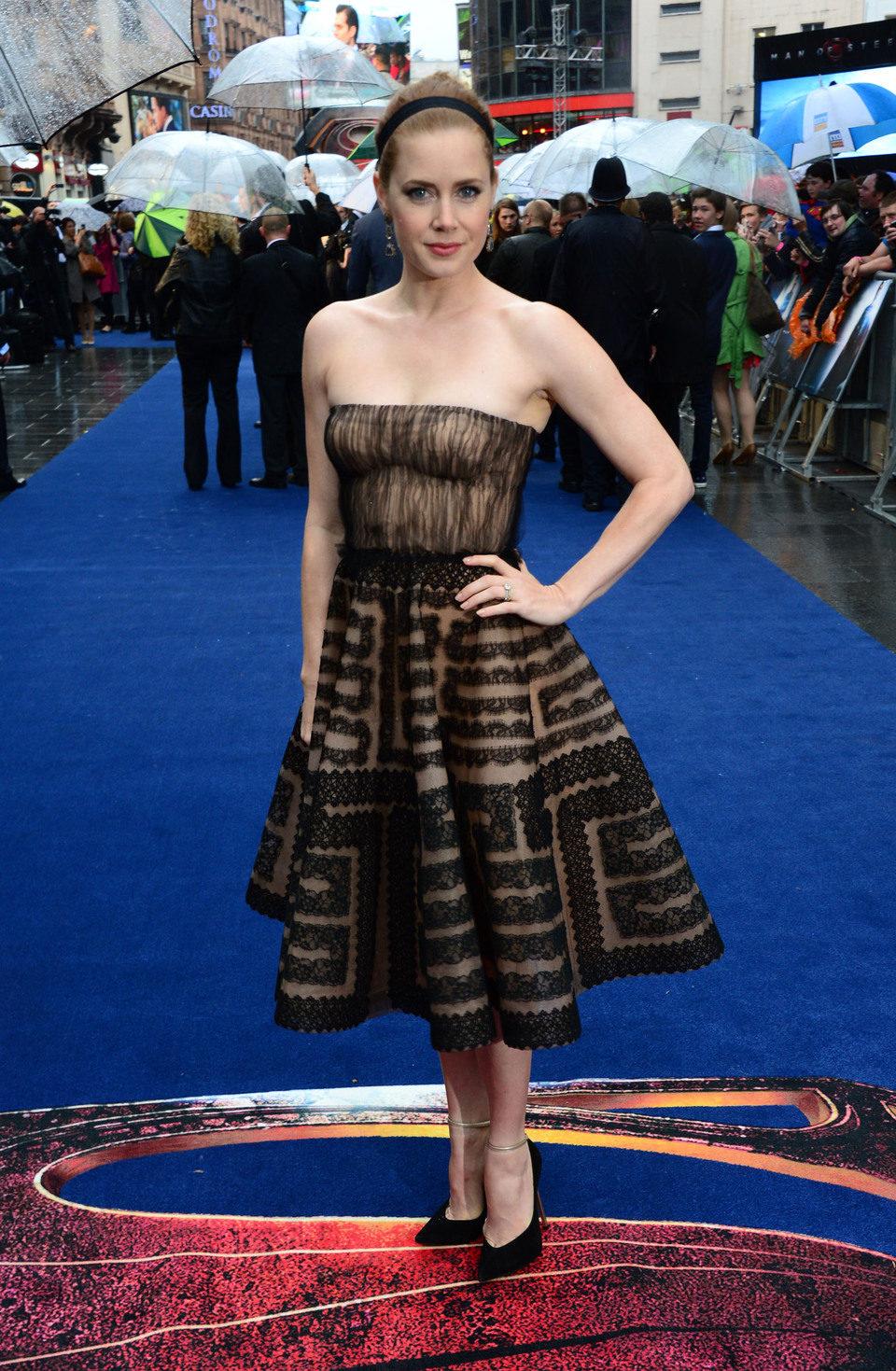 Amy Adams en la premiere europea de 'El Hombre de Acero' en Londres