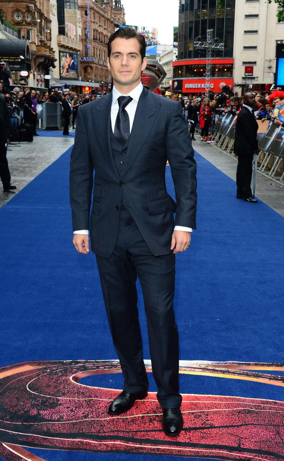 Henry Cavill en la premiere europea de 'El Hombre de Acero' en Londres