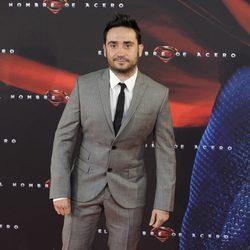 Juan Antonio Bayona en la premiere de 'El hombre de acero' en Madrid