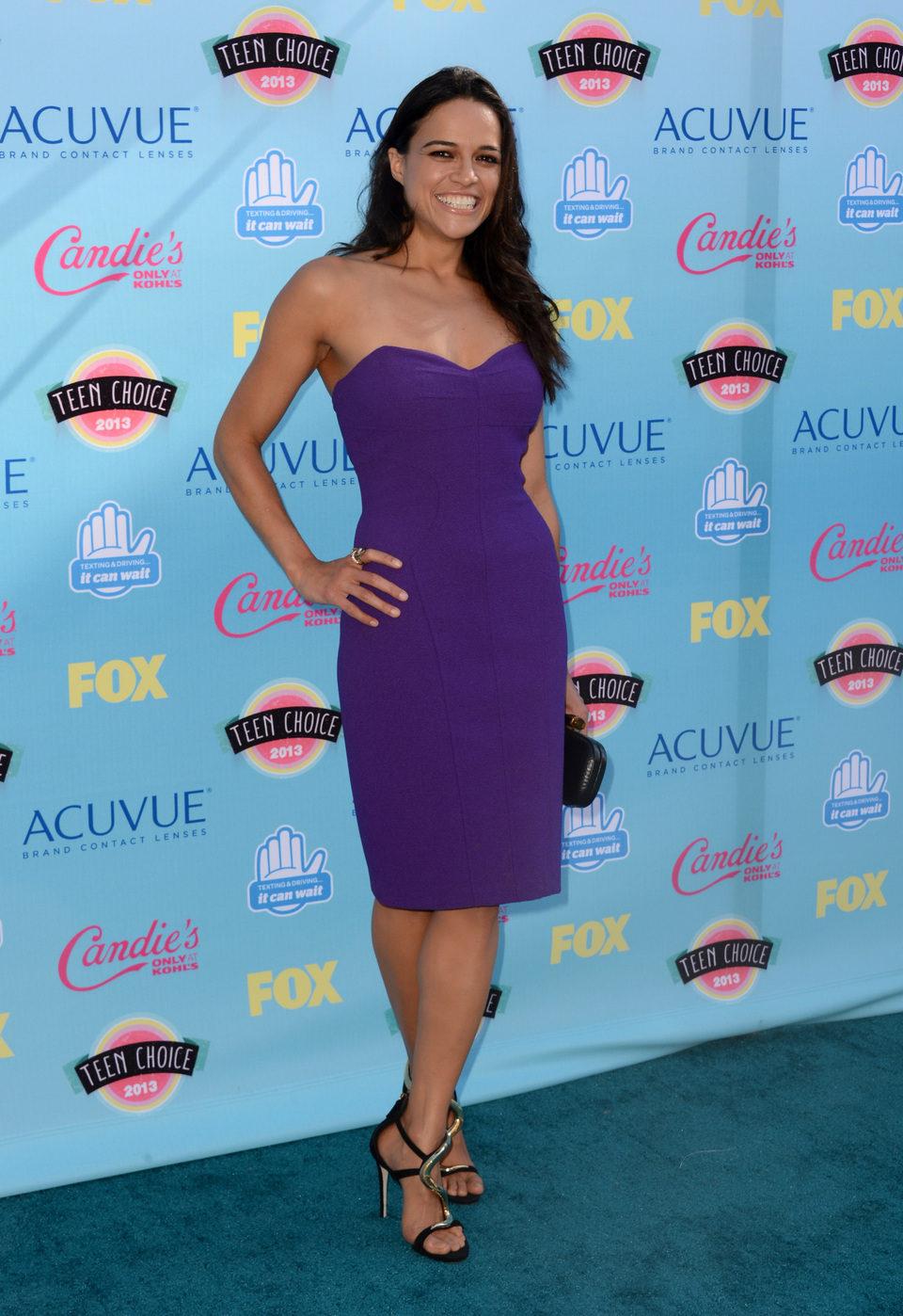 Michelle Rodriguez en los Teen Choice Awards 2013