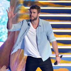 Liam Hemsworth en los Teen Choice Awards 2013