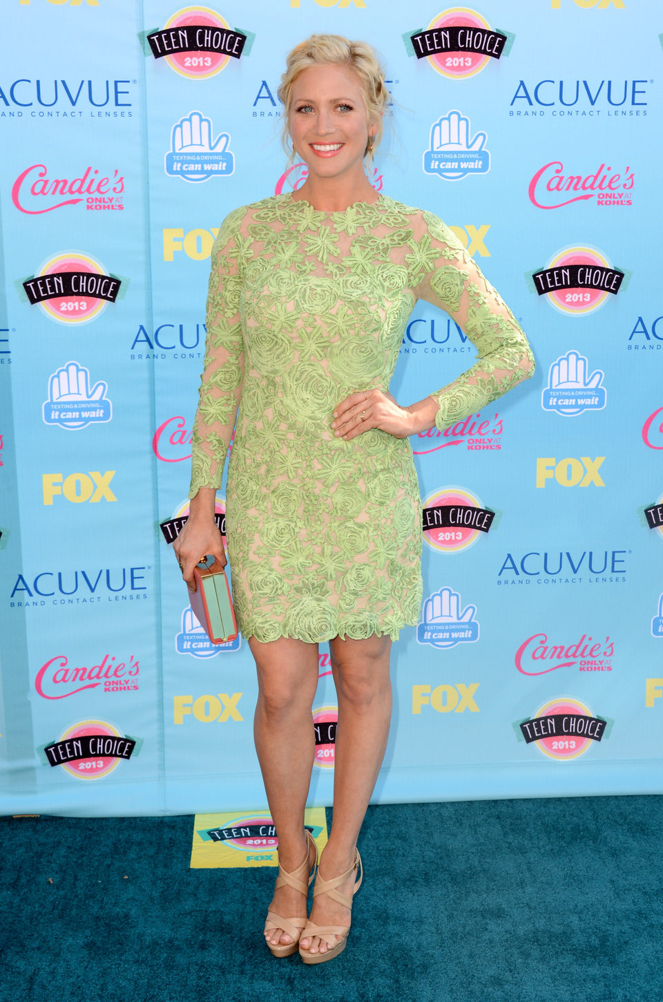 Brittany Snow en los Teen Choice Awards 2013
