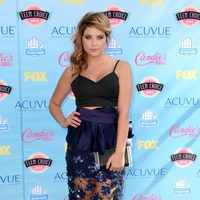Ashley Benson en los Teen Choice Awards 2013
