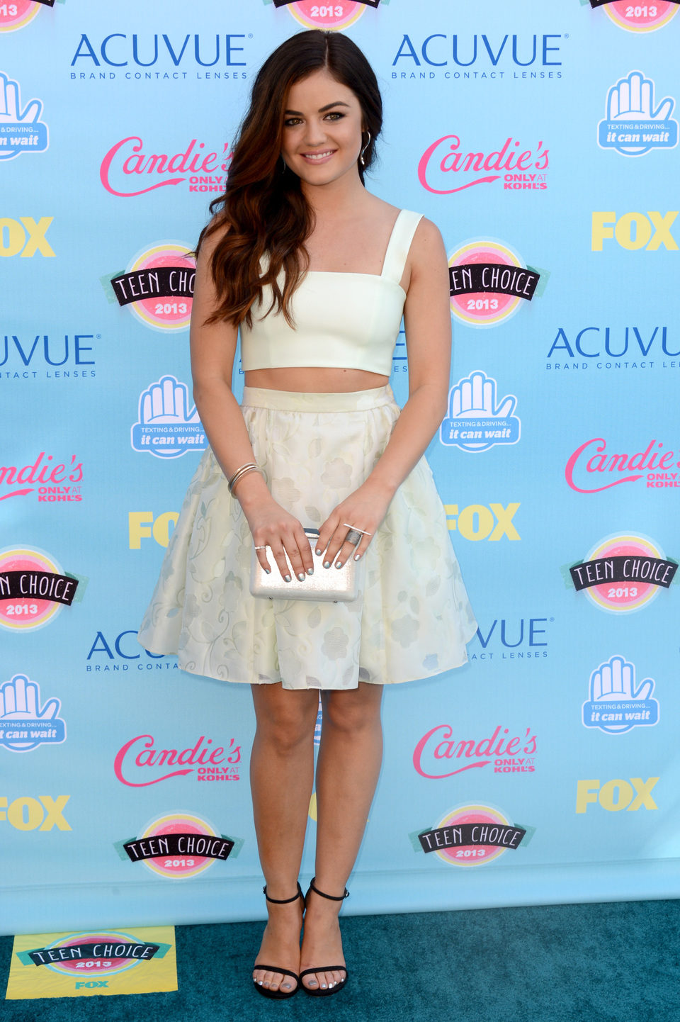 Lucy Hale en los Teen Choice Awards 2013