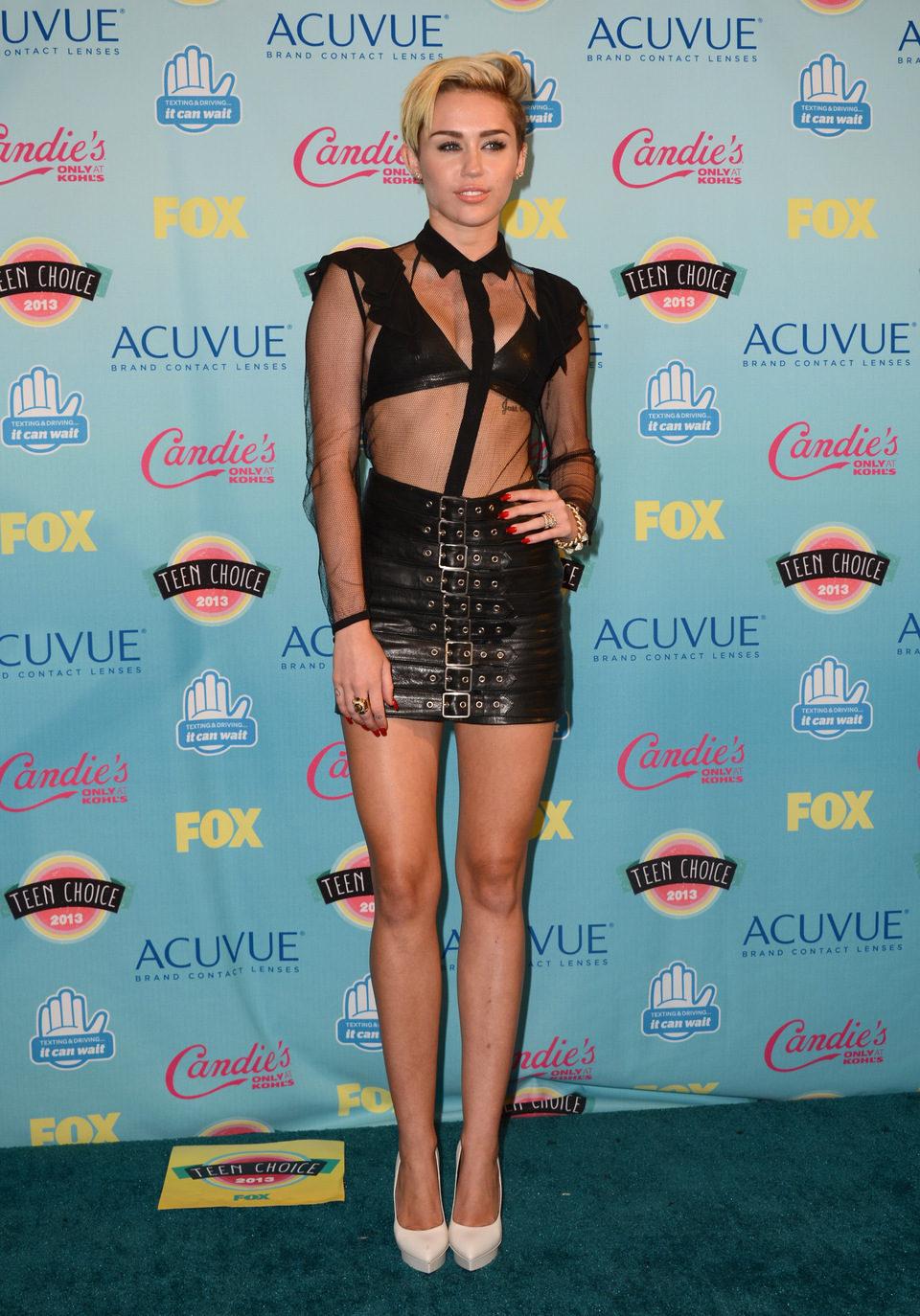 Miley Cyrus en los Teen Choice Awards 2013