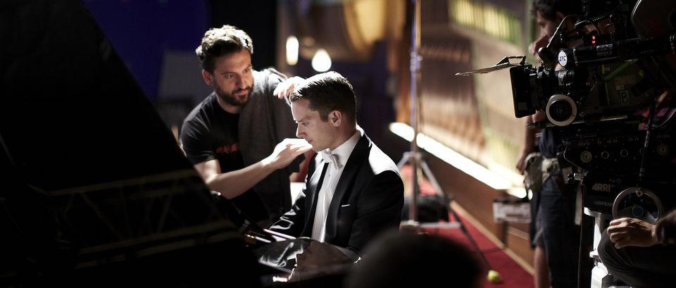 Grand Piano, fotograma 2 de 29