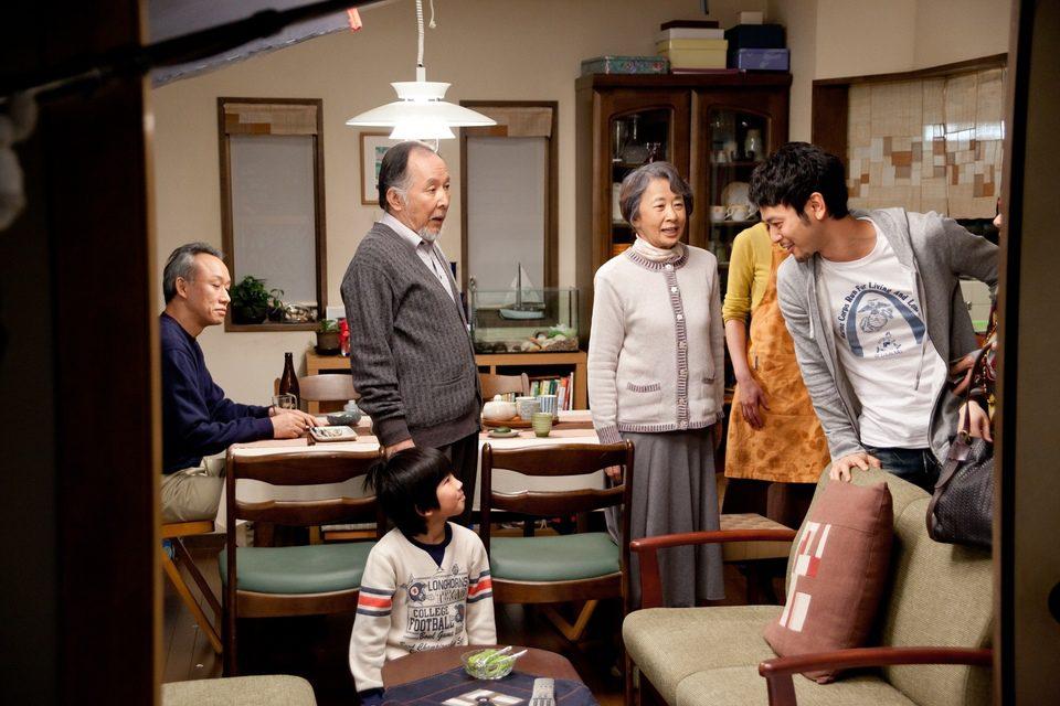 Una familia de Tokio, fotograma 19 de 27
