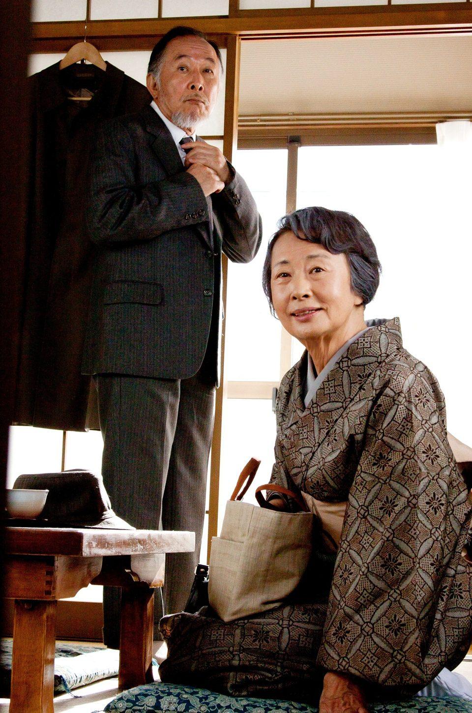Una familia de Tokio, fotograma 2 de 27