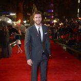 Liam Hemsworth en la premiere mundial de 'Los Juegos del Hambre: En llamas' en Londres
