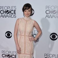Ashley Rickards en los People's Choice Awards 2014