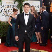 Nicholas D'Agosto en los Globos de Oro 2014