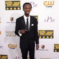 Barkhad Abdi a su llegada a la gala de los Critics' Choice Movie Awards 2014