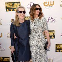 Meryl Streep y Julia Roberts a su llegada a la gala de los Critics' Choice Movie Awards 2014