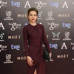 Ana Fernández García en la alfombra roja de los Goya 2014