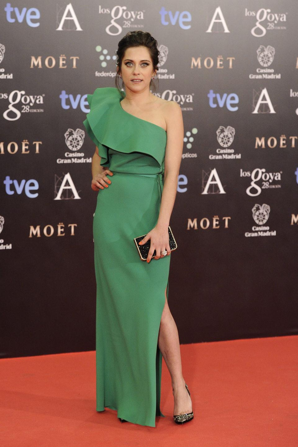 María León en la alfombra roja de los Goya 2014