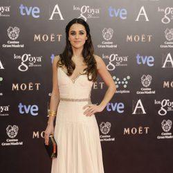 Macarena García en la alfombra roja de los Goya 2014