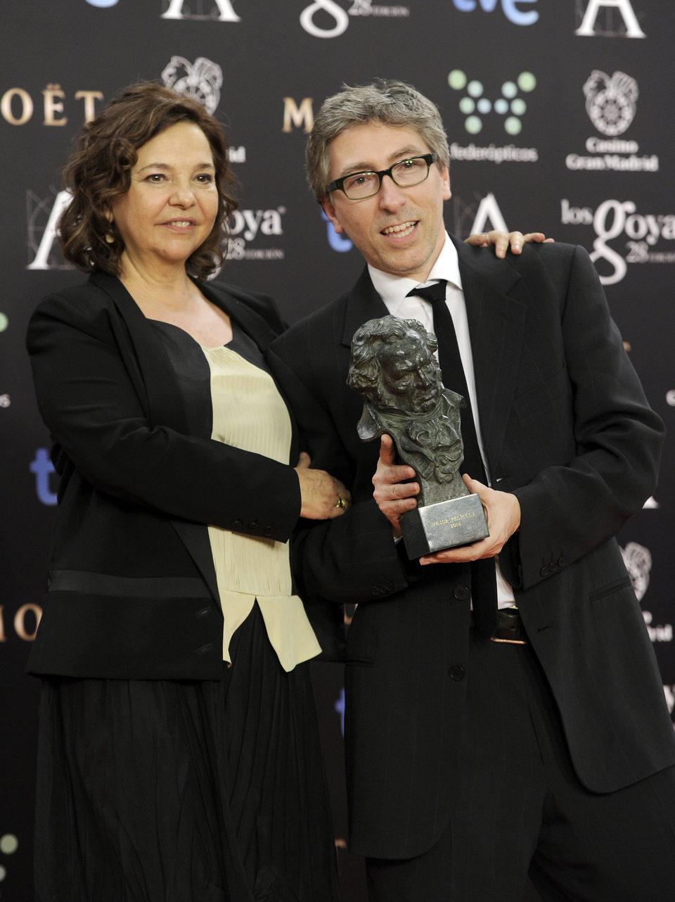 David Trueba posa con su Goya al mejor director