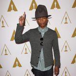 Pharrell Williams en el almuerzo a los nominados a los Premios Oscar 2014