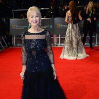Helen Mirren en la alfombra roja de los BAFTA 2014