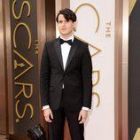 Ezra Koenig en la alfombra roja de los premios Oscar 2014