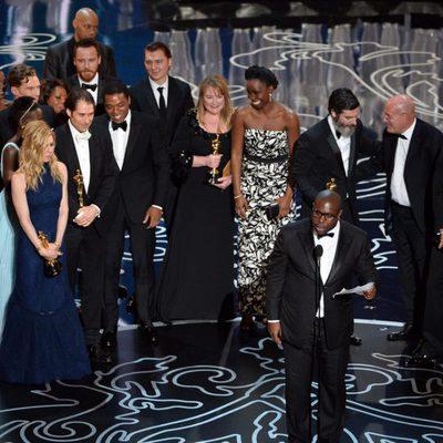 El equipo de '12 años de esclavitud', mejor película de los Oscar 2014