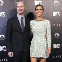 Darren Aronofsky y Jennifer Connelly en la premiere de 'Noé' en Madrid