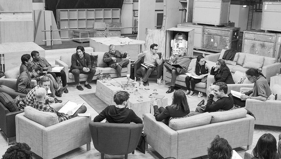 Star Wars: Episodio VII - El despertar de la fuerza, fotograma 1 de 47