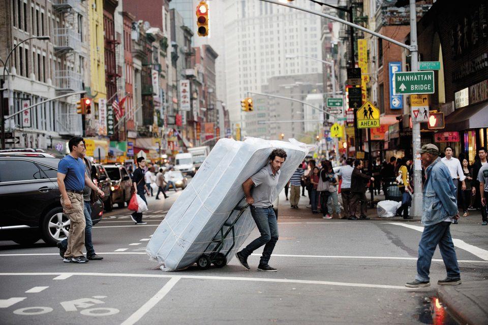Nueva vida en Nueva York, fotograma 4 de 6