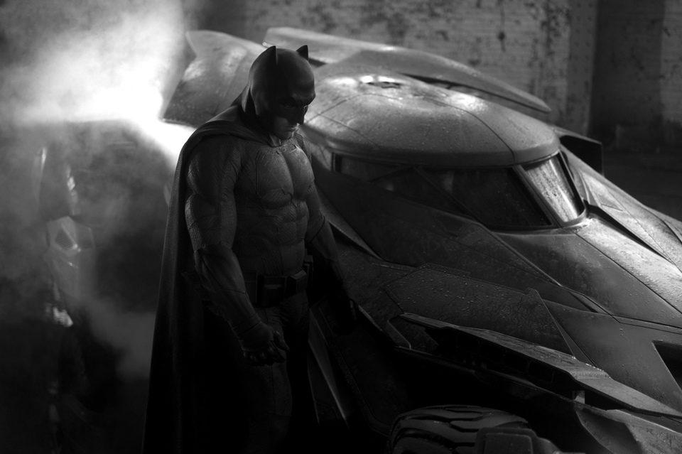 Batman v Superman: Dawn of Justice, fotograma 1 de 58