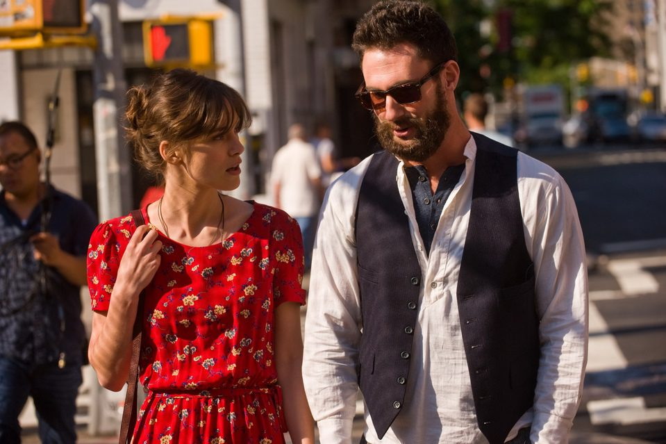 Begin Again, fotograma 1 de 13