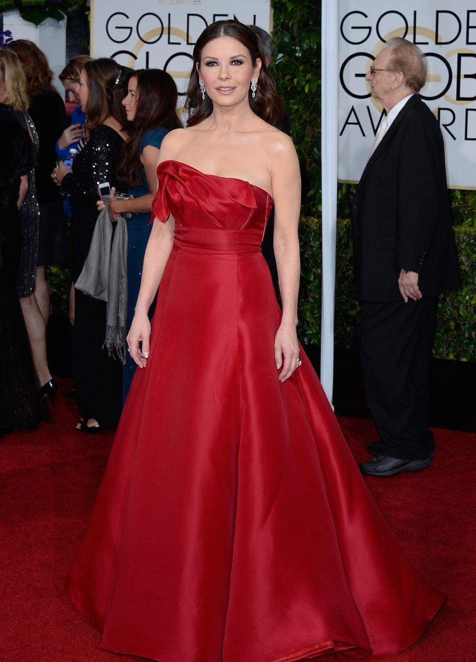 Catherine Zeta-Jones en la alfombra roja de los Globos de Oro 2015