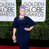 Kelly Osbourne at the Golden Globes 2015 red carpet