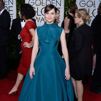 Felicity Jones at the Golden Globes 2015 red carpet