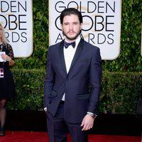 Kit Harington at the Golden Globes 2015 red carpet