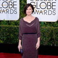 Maura Tierney at the Golden Globes 2015 red carpet