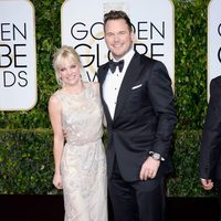 Anna Faris and Chris Pratt at the Golden Globes 2015 red carpet