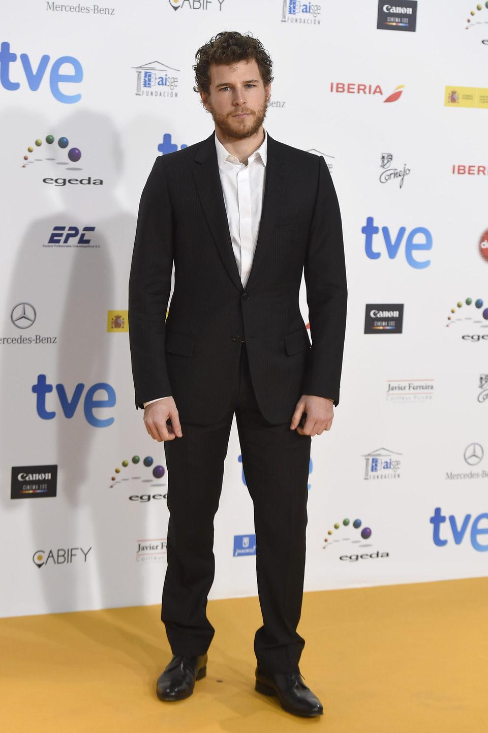 Álvaro Cervantes en los Premios José María Forqué 2015