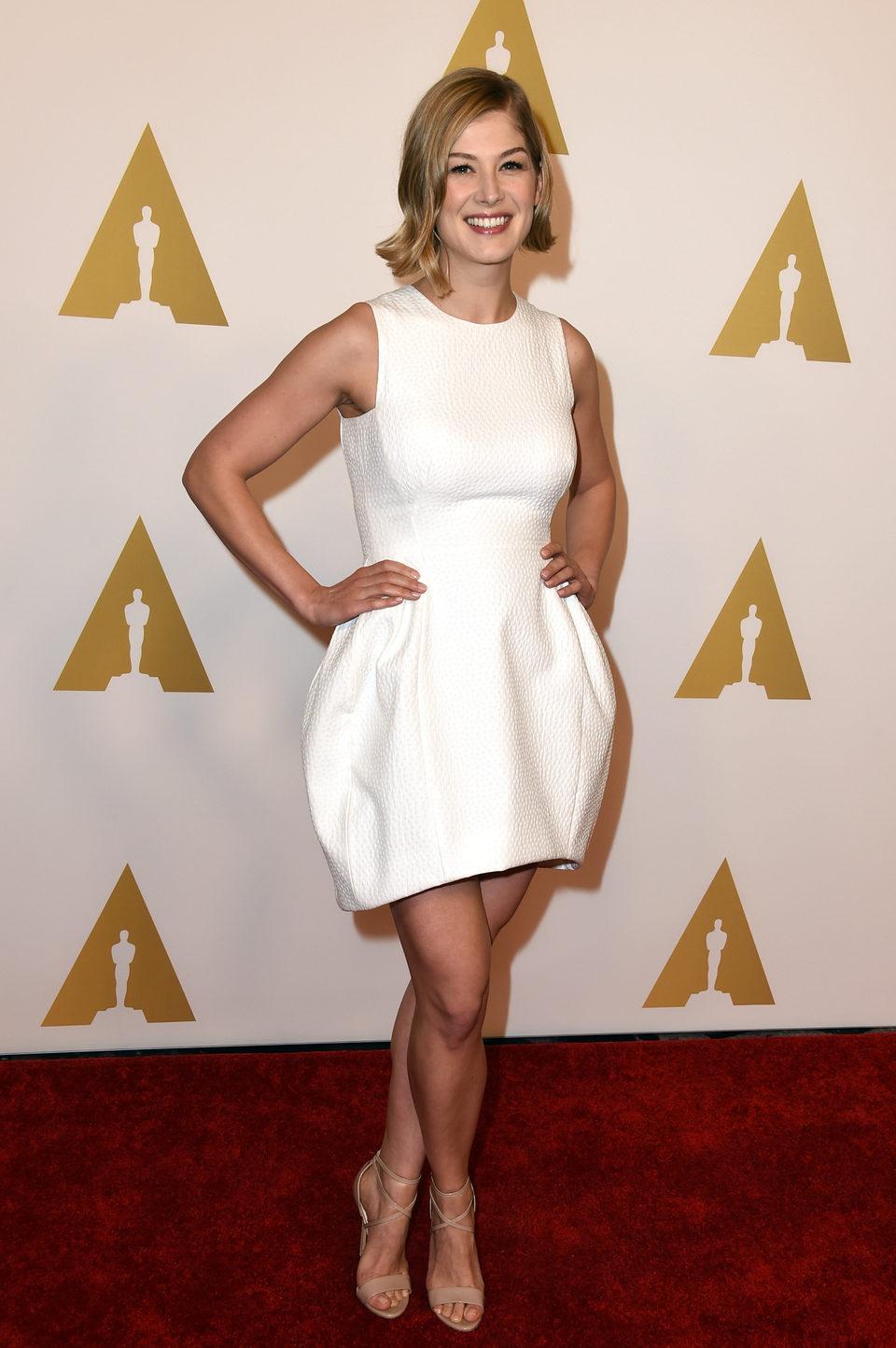 Rosamund Pike en el almuerzo de los nominados a los Oscar 2015