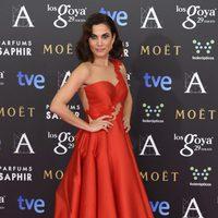 Toni Acosta en la alfombra rosa de los Goya 2015