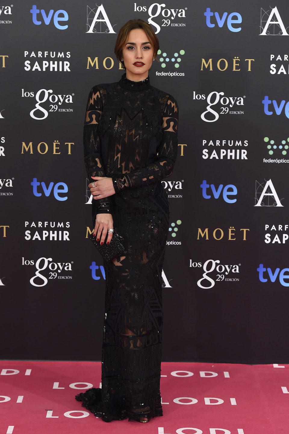 Megan Montaner en la alfombra roja de los Goya 2015