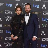 Megan Montaner y Carles Francino en la alfombra roja de los Goya 2015