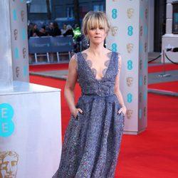 Edith Bowman en la alfombra roja de los BAFTA 2015
