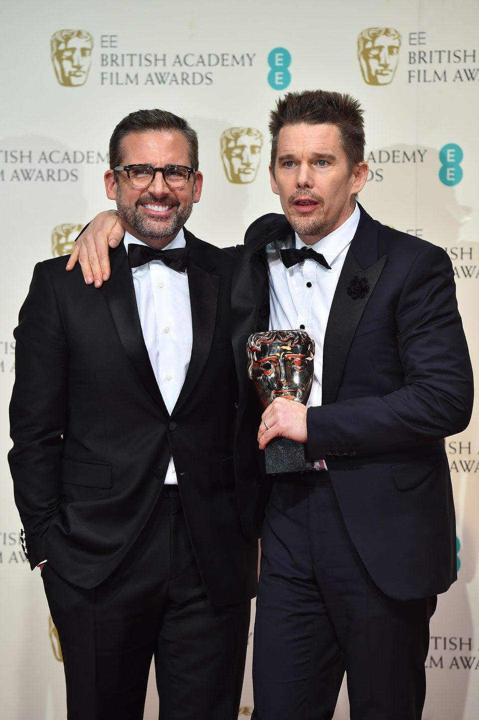 Ethan Hawke y Steve Carell recogen el BAFTA 2015 de Richard Linklater