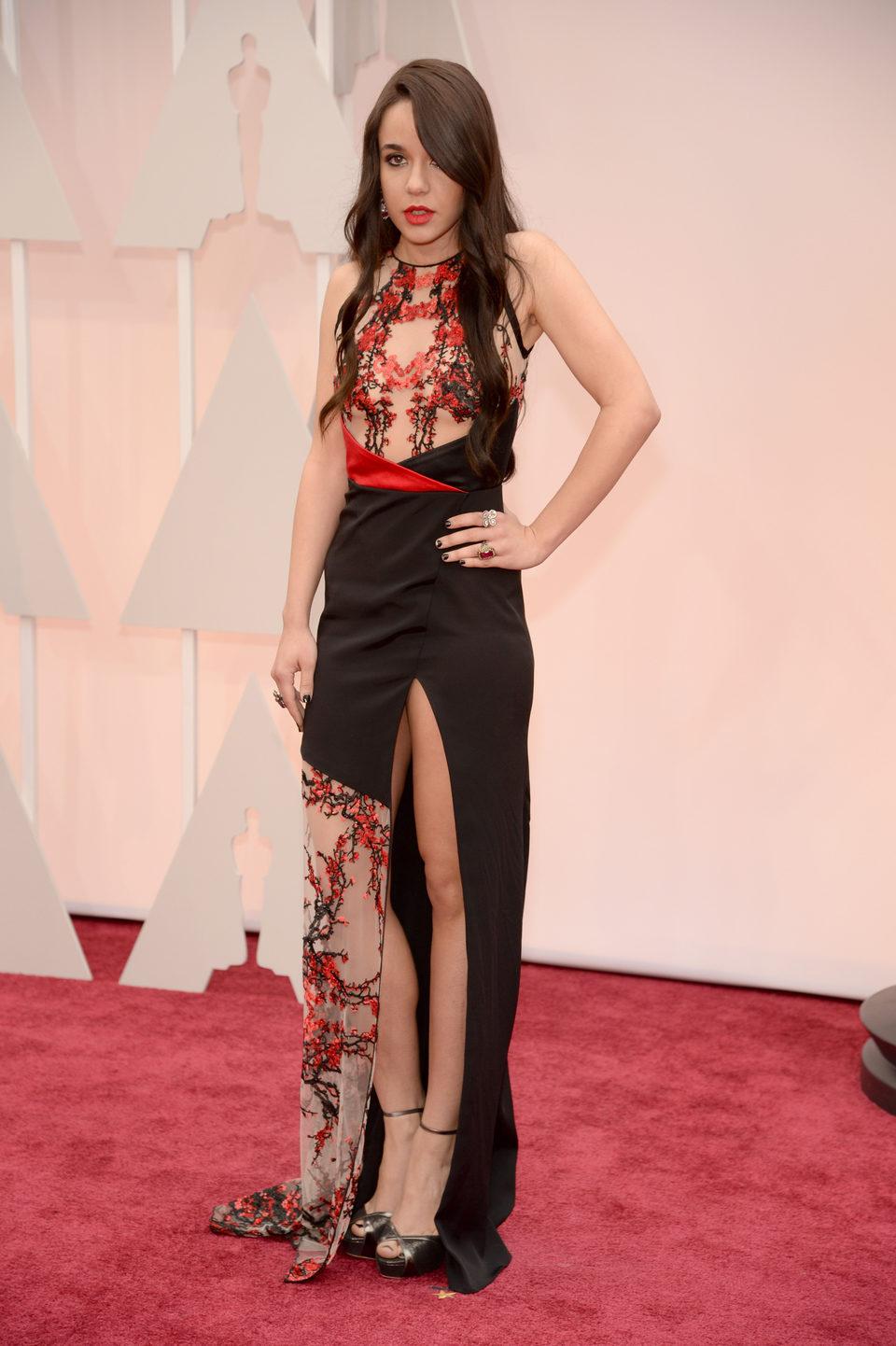 Lorelei Linklater en la alfombra roja de los Oscar 2015