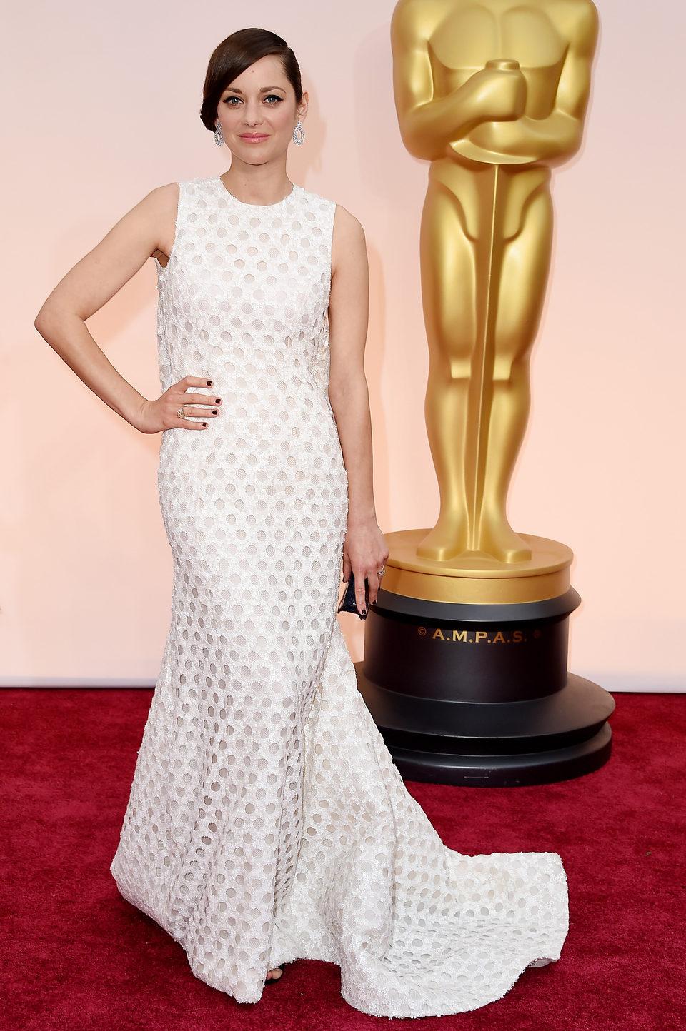 Marion Cotillard en la alfombra roja de los Oscar 2015