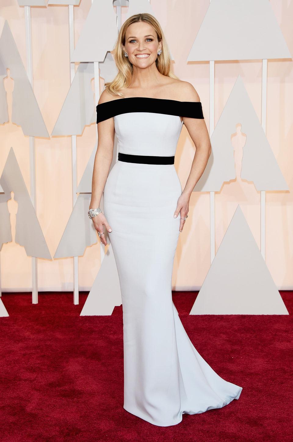 Reese Witherspoon en la alfombra roja de los Oscar 2015